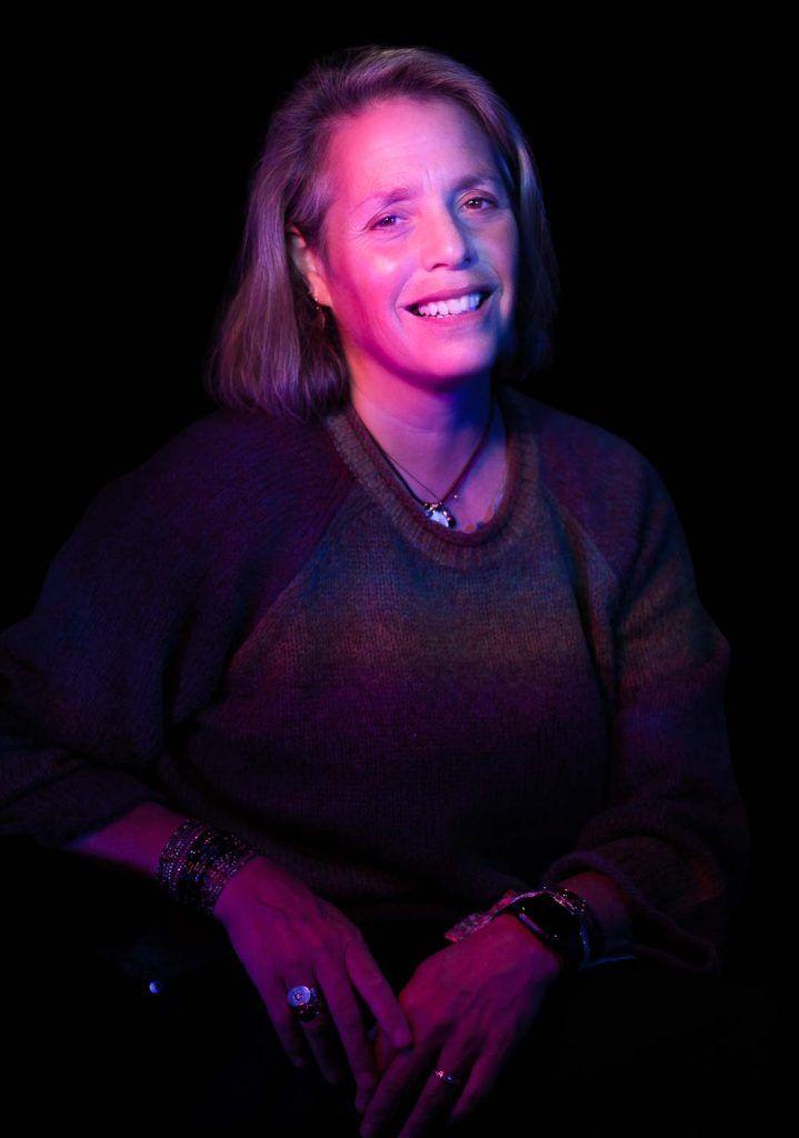 Julie Curtis Professional Headshot